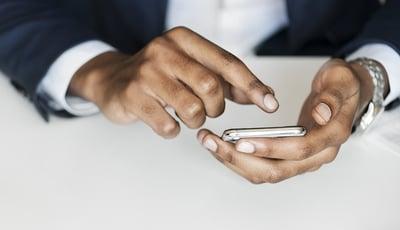hand-telefon-akquise